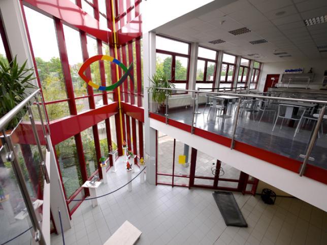 freie christliche gesamtschule d sseldorf staatl anerkannte ersatzschule verzeichnis der. Black Bedroom Furniture Sets. Home Design Ideas